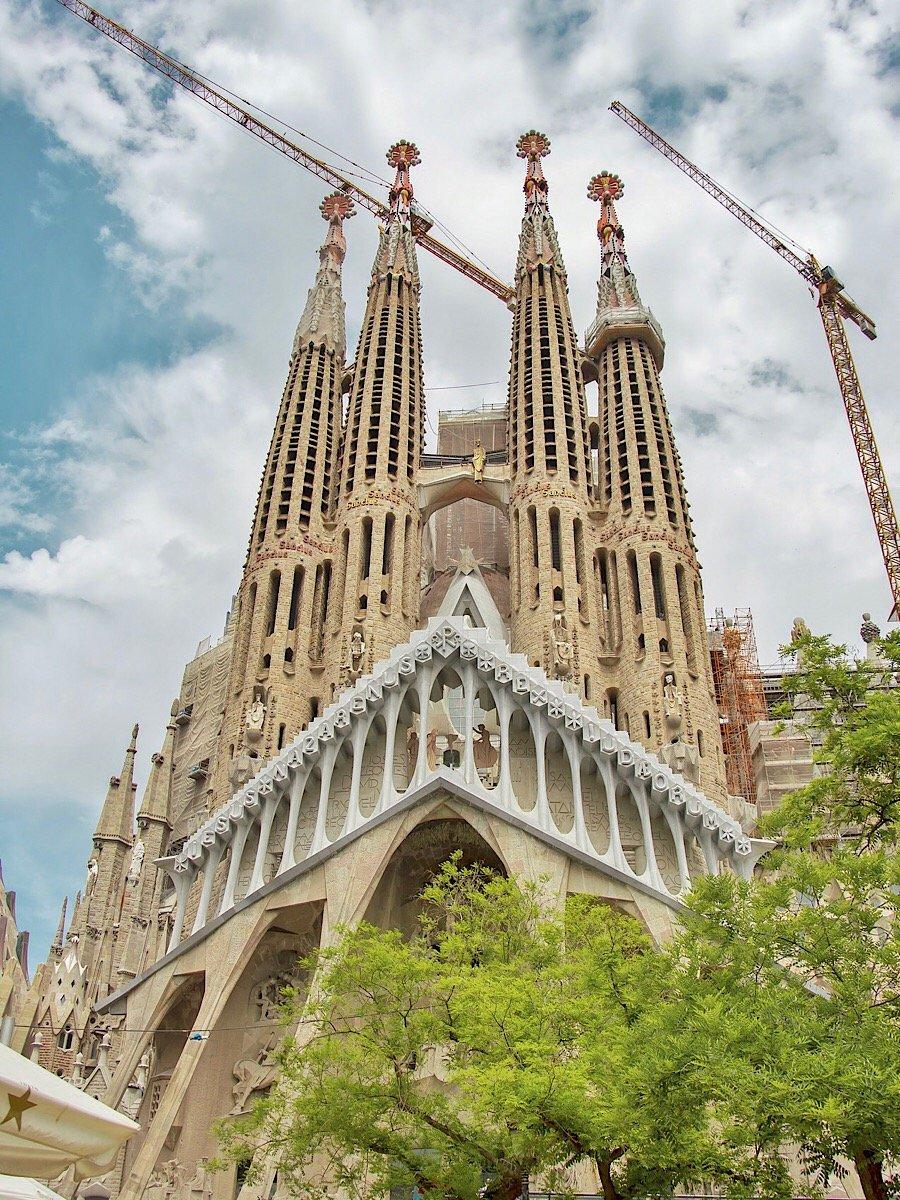 Саграда-Фамилия, Барселона
